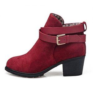 Botines de tacón de color rojo