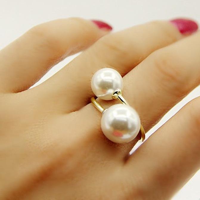 Cómo saber si un anillo de perlas es real